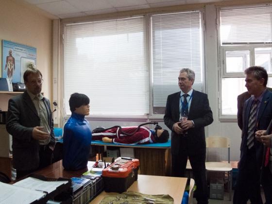 Посещение лабораторий кафедры, рассказывает А.В. Лобиков, доцент кафедры техносферной безопасности МАДИ