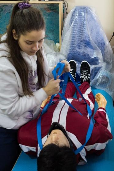 Освоение учащимися методов эвакуации пострадавших